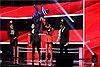 The Voice 2017: Chia tay Tuấn Phong, hotboy Dương Thuận được Tóc Tiên lựa chọn đi tiếp