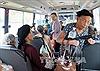 Cận cảnh người dân Hà Tĩnh sơ tán tránh bão số 10