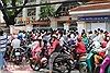Kiên quyết xử phạt đỗ xe trước cổng trường nhằm tránh ùn tắc giao thông