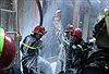 Giải cứu một phụ nữ nước ngoài trong căn nhà 5 tầng bốc cháy