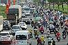 Người dân 'rồng rắn' về quê ăn Tết, giao thông cửa ngõ TP Hồ Chí Minh ùn ứ