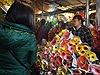Giá hoa tươi vẫn tăng chóng mặt trong ngày 30 Tết