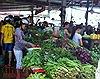 Chợ, siêu thị mở cửa lại, nhiều mặt hàng giảm giá sau Tết