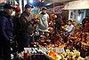 Khó quản lý, kiểm soát hoạt động dịch vụ tại chợ Viềng