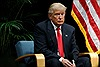 Tổng thống Mỹ Trump trượt hơn 200 bậc trong danh sách tỉ phú thế giới
