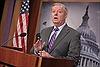Thượng nghị sĩ Mỹ kêu gọi xóa sổ Không quân Syria