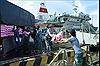 Mang Tết đến với quân dân huyện đảo Trường Sa