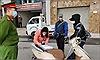 Hà Nội xử phạt 3 trường hợp đầu tiên vì ra đường không cần thiết