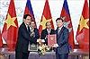 Thủ tướng Nguyễn Xuân Phúc và Thủ tướng Campuchia hội đàm và chứng kiến Lễ ký các văn kiện hợp tác