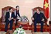 Thủ tướng Nguyễn Xuân Phúc tiếp Thống đốc Ngân hàng CHDCND Lào