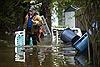 Mưa bão gây vỡ đập ở bang Michigan, Mỹ