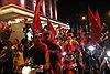Sắc đỏ tràn ngập phố phường Thủ đô sau chiến thắng của đội tuyển Việt Nam