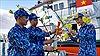 Những món quà Tết vượt sóng ra đảo Bạch Long Vĩ