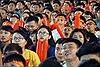 Cổ động viên ngồi kín phố đi bộ Nguyễn Huệ, hồi hộp dõi theo đội tuyển Olympic Việt Nam