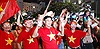 Hò reo, vẫy cờ Việt Nam và Hàn Quốc ăn mừng chiến thắng của đội tuyển Việt Nam