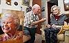 Cô dâu 100 tuổi và chú rể kém 26 tuổi muốn làm đám cưới trước khi 'quá muộn'