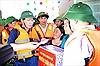 Phó Thủ tướng Vương Đình Huệ thăm hỏi, động viên nhân dân vùng lũ Hà Tĩnh
