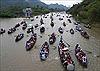 Hàng vạn du khách đổ về chùa Hương trước giờ khai hội