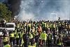 'Áo vàng' tấn công cảnh sát Pháp đối mặt với 'bản án nghiêm khắc nhất'