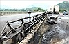 Xe đầu kéo va vào dải phân cách gây cháy lớn trên cao tốc Nội Bài - Lào Cai