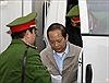 Dẫn giải 2 cựu Bộ trưởng Nguyễn Bắc Son và Trương Minh Tuấn đến tòa