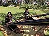 Trình diễn nghệ thuật tạc tượng gỗ, đan lát và dệt thổ cầm truyền thống