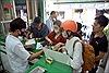 Nhà thuốc ở TP Hồ Chí Minh phát khẩu trang y tế miễn phí