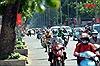 Người dân TP Hồ Chí Minhđối diện với đợt nắng nóng cao điểmtrên diện rộng