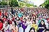 Tôn vinh vẻ đẹp áo dài Việt Nam