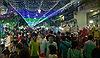 Xóm đạo, nhà thờ tại TP Hồ Chí Minh đông nghẹt người đi chơi Giáng sinh