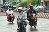 Mưa to trái mùa 'giải nhiệt' cho các tỉnh Nam Bộ đang nóng bức