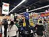 Nghỉ Tết Dương lịch trong giá rét: Người Hà Nội 'trốn' vào siêu thị mua sắm