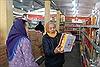 Chợ Tết hàng Việt về vùng quê, người dân háo hức đi mua sắm
