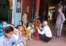 'Ông tiên đầu bạc' của học trò nghèo huyện miền núi tỉnh Đồng Nai