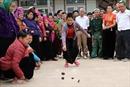 Độc đáo trò chơi tó má lẹ của người Thái ở Sơn La