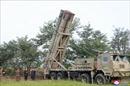 Nhà lãnh đạo Triều Tiên thị sát tập trận không quân