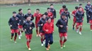 Tuyển Việt Nam tập 'bài lạ' chờ tái đấu với tuyển Malaysia