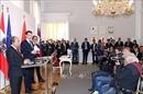 Thủ tướng Nguyễn Xuân Phúc và Thủ tướng Áo tham dự họp báo chung