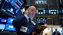 COVID-19 bùng phát suốt 2 tháng, tại sao các thị trường giờ mới bị ảnh hưởng?