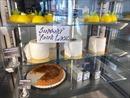 Hiệu bánh Phần Lan làm bánh ngọt giống hệt cuộn giấy vệ sinh