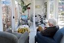 Hà Lan thiết kế cabin ngăn virus SARS-CoV-2 cho người cao tuổi tại viện dưỡng lão