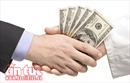Bắt giữ nữ phóng viên nhận tiền của doanh nghiệp