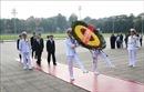 Đoàn đại biểu Đảng Cộng sản Nhật Bản vào Lăng viếng Chủ tịch Hồ Chí Minh