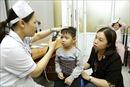 Chuyên gia y tế hướng dẫn cách phòng bệnh về mắt trong mùa hè