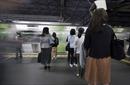 Ứng dụng chống 'biến thái' trên phương tiện công cộng Nhật Bản