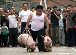 Trung Quốc: Xách 'ỉn' chạy thi