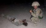Anh điều tra vụ binh sĩ chụp ảnh bên xác chiến binh Taliban