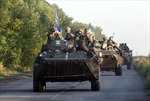 """Quân đội Ukraine bắn phá """"điểm nóng"""" miền đông"""