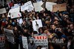 Mỹ dỡ bỏ tình trạng khẩn cấp tại Ferguson