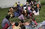 Những đứa trẻ di cư nhỏ bé đơn độc